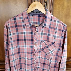 COPY - ❤Women's pink and blue flannel size: M